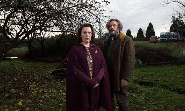 olivia_colman_to_return_for_a_second_series_of_channel_4_comedy_flowers